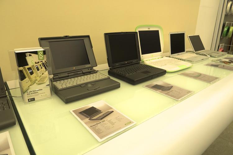 ベルリンで懐かしいMacに再会!【Macintosh|Apple|展示|イベント|Old Mac】 Mac