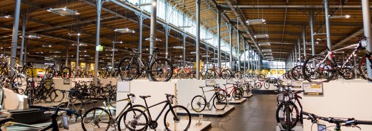 """ベルリンで自転車買うならここ!  ドイツ最大の自転車屋、""""Stadler""""に行ってきたよ"""