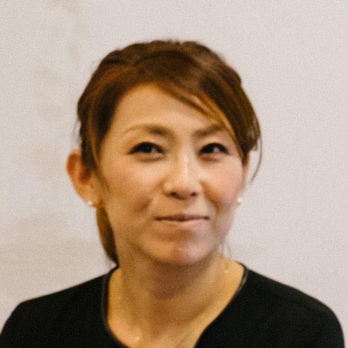 齋藤さん、美容師の海外移住について教えてください! 【22年前にドイツに移住し、ベルリンで夢を叶えた美容師の話】 インタビュー